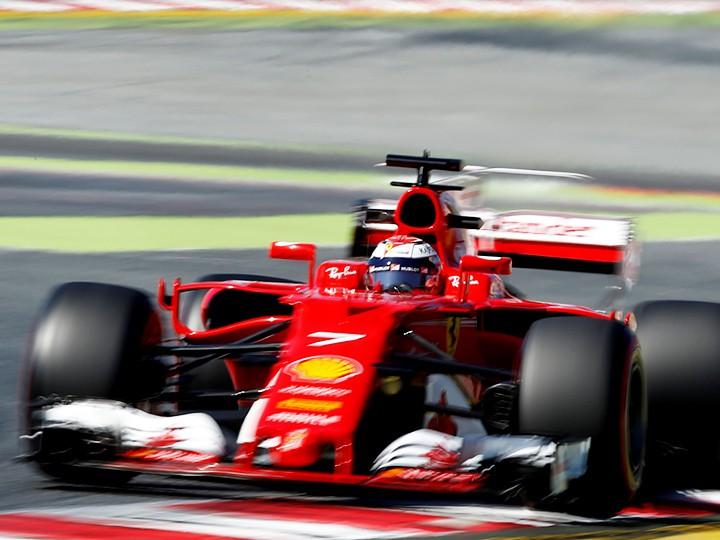 Тесты Формулы-1: «Феррари» впереди «Мерседеса», «Ред Булл» позади