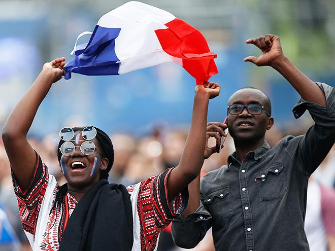 Репортаж о матче Франция – Ирландия из африкано-арабского района Парижа