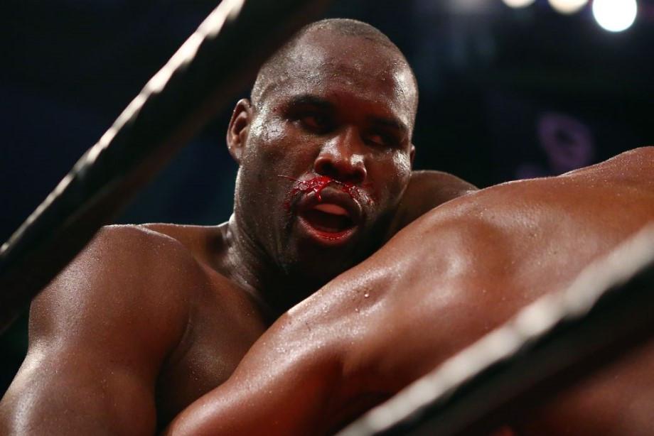 Экс-чемпион мира по боксу открыл глаза после трёхнедельной комы
