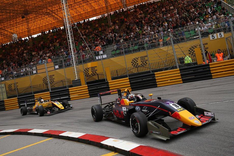 Гран-при Макао Ф-3. Тиктум выиграл, Флёрш в сознании