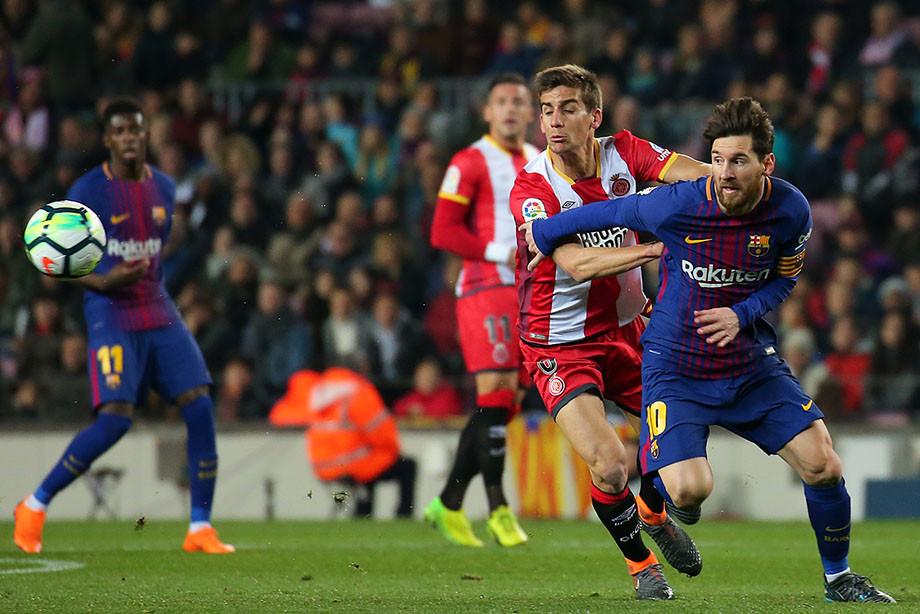 Первым вистории матчем чемпионата Испании вСША будет каталонское дерби