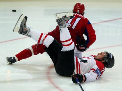 Двое из восьми. Канада – Россия