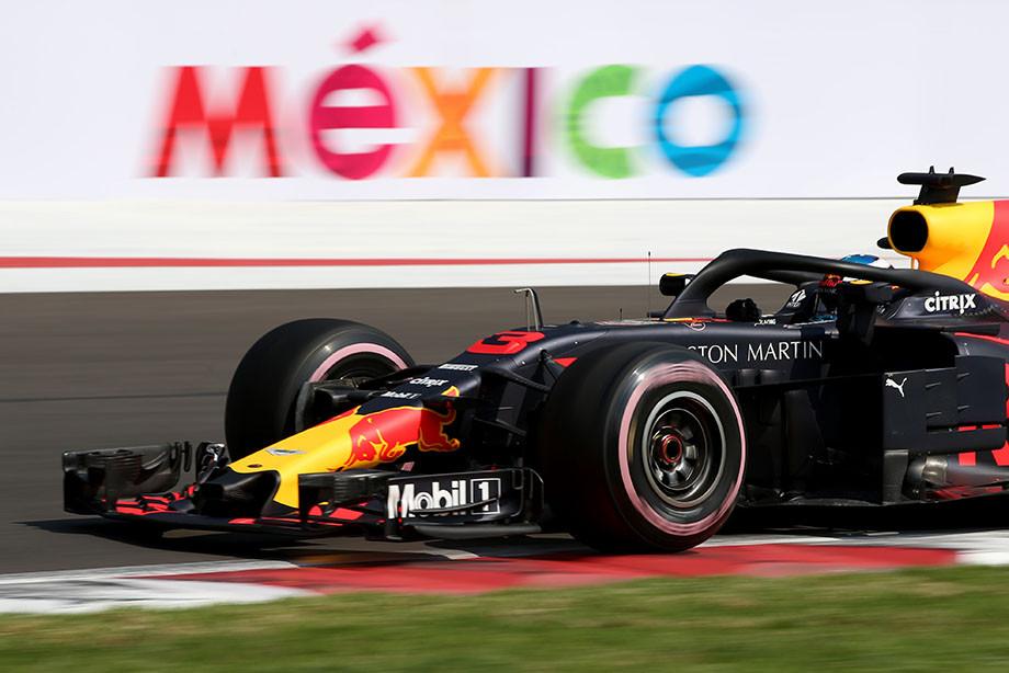 Риккардо украл поул у Макса: «Ред Булл» стартует в Мексике с первого ряда
