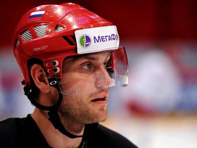Евгений Бирюков – о своей хоккейной карьере и семье