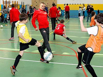 Футболисты «Спартака» провели мастер-класс