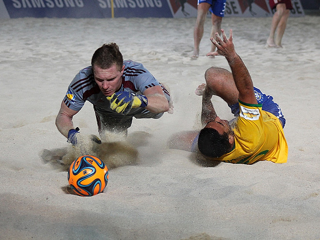 Пляжный футбол. Трансляция матча Россия - Бразилия