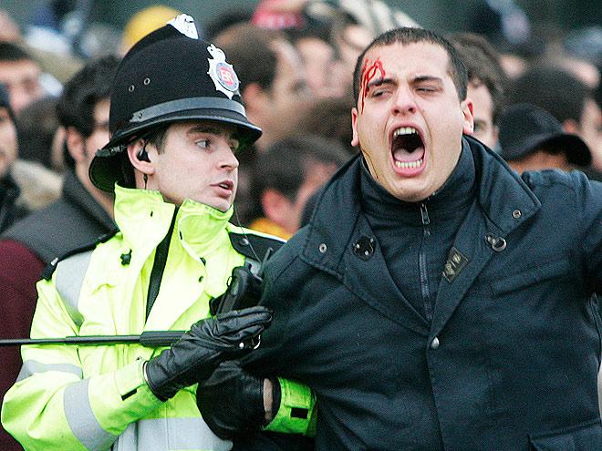 «Бригада Тэтчер» – угроза безопасности российских болельщиков на Евро