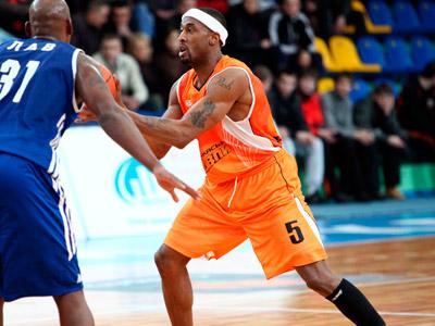 Баскетбольное шоу лишилось нескольких игроков