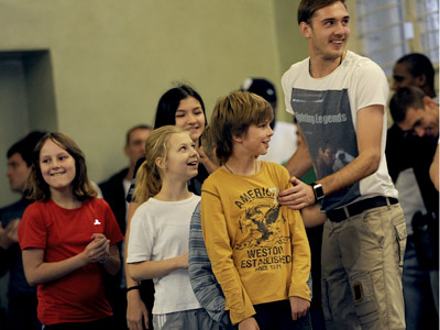 Евгений Фролов с воспитанниками школы