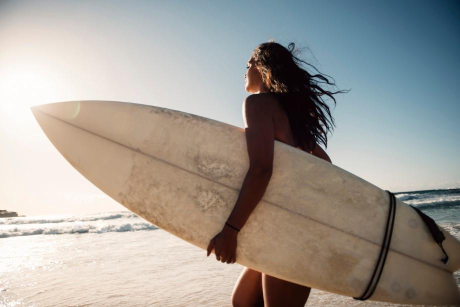 Что посмотреть? 15 лучших фильмов про сёрфинг