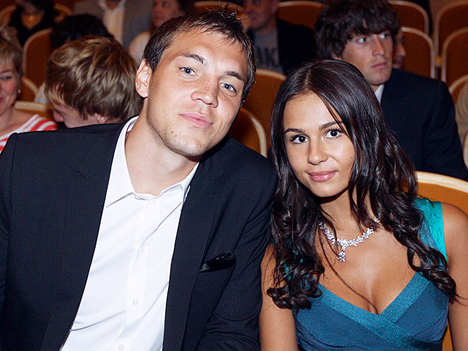 Самые красивые спутницы футболистов РФПЛ