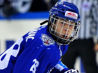 Никита Михайлис - о семье и хоккее