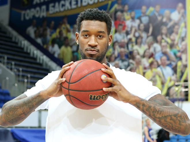 Новичок «Химок» Перри Джонс — о переезде из НБА в Подмосковье