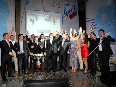 ВХЛ объявила имена лауреатов сезона