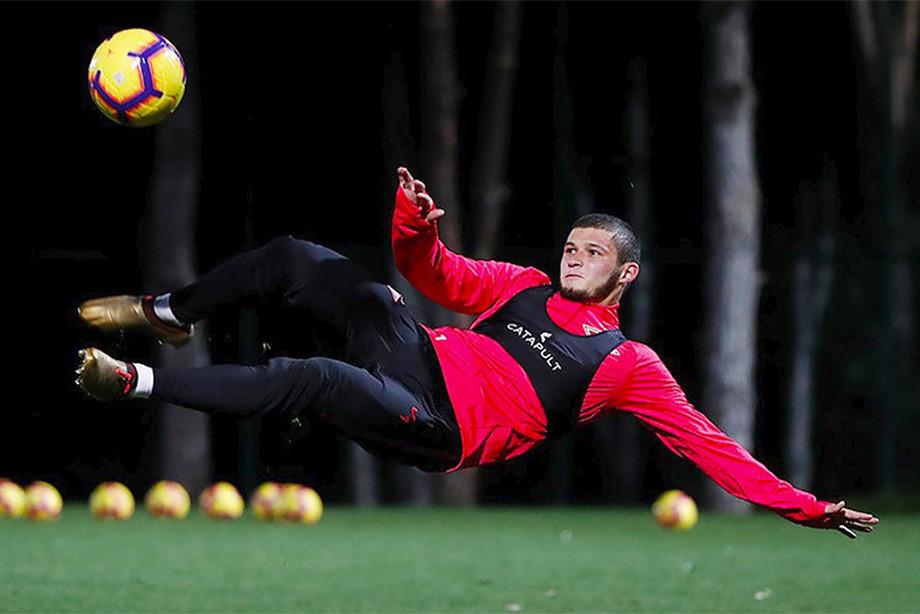 Гулиев вернулся к тренировкам со «Спартаком». С Америкой вопрос урегулирован