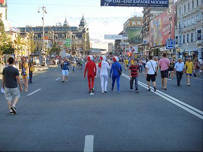 Шведы из Киева уже уехали, итальянцы и англичане ещё не приехали
