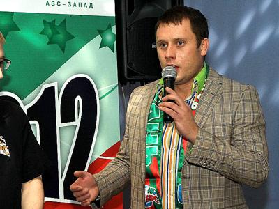 "Максим Куралесов - шоумен и болельщик ""Ак Барса"""