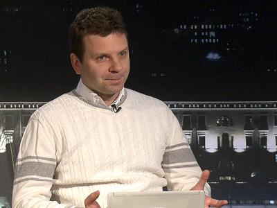 Виталий Панов – на трибуне КХЛ-ТВ