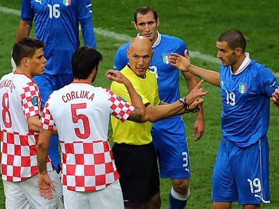 Тренер сборной Хорватии остался недоволен судейством в игре с Италией