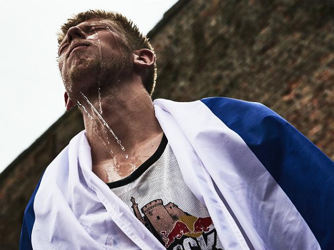 Александр Захаров – бронзовый призёр 1x1 Red Bull King of the Rock 2016