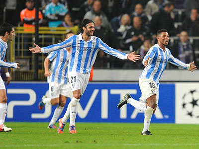 «Малага» разгромила «Андерлехт», Балотелли спас «Манчестер Сити»
