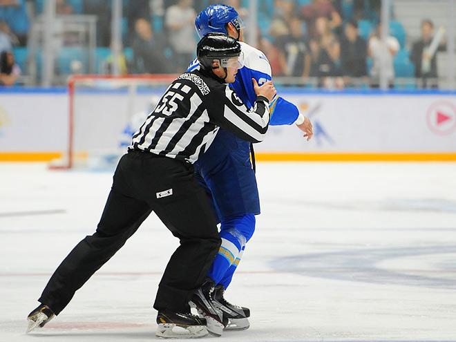 Лучшие моменты недели в КХЛ: голы, драки, сейвы, рекорды и «сухари»