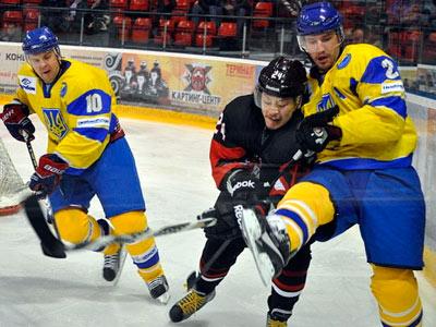 Сборная Украины в двух матчах обменялась победами с командой Япониии