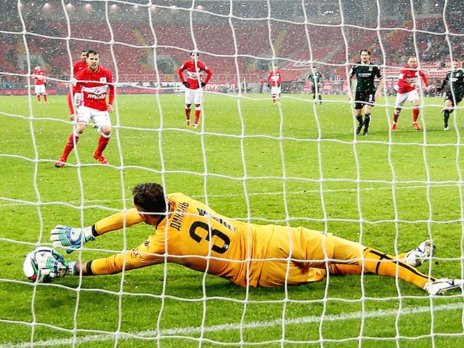 6 отбитых вратарями пенальти 1-й части сезона в РФПЛ – версия Мандрыкина