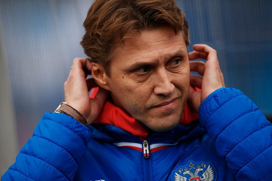 Бушманов: по-прежнему считаю, что правильно не выпустил Чалова против Сербии