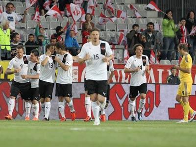 Спарринг австрийцам проигран