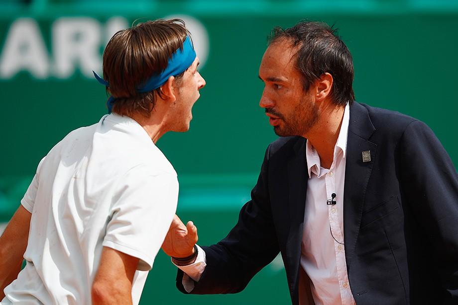 «Засуну чёртов мяч тебе в рот!». Когда судье достаётся от теннисистов