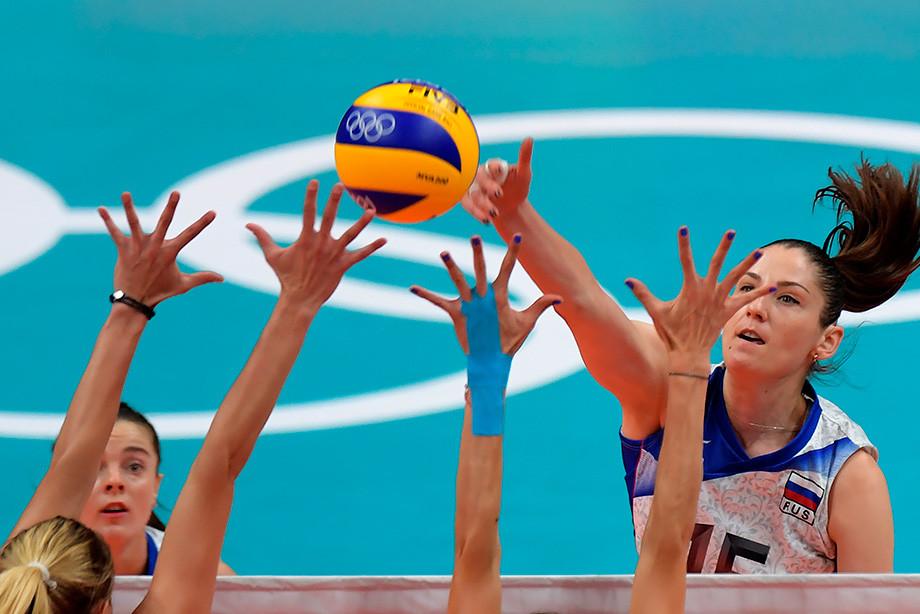 Женская волейбольная сборная ничуть не хуже мужской. Не верите?