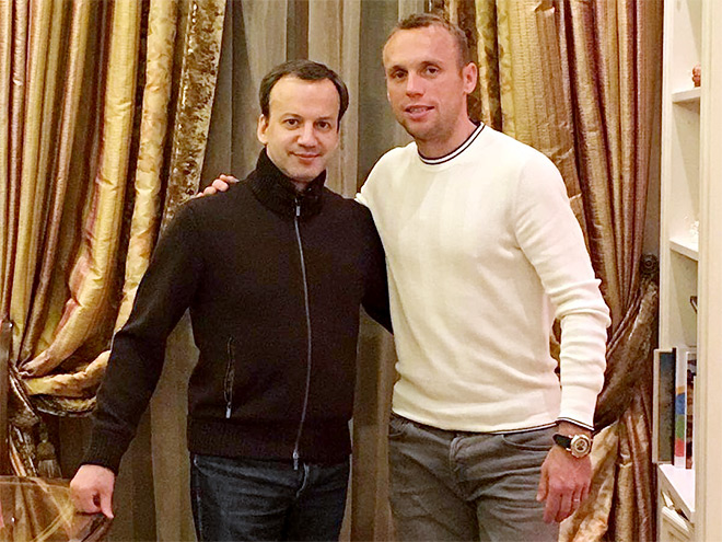 Футболисты в Инстаграме: дружба Глушакова и Дворковича, ностальгия Черышева