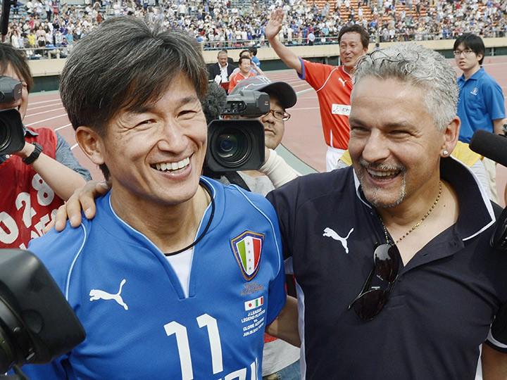 50-летний Миура, выступающий за«Йокогаму», стал самым старым футболистом