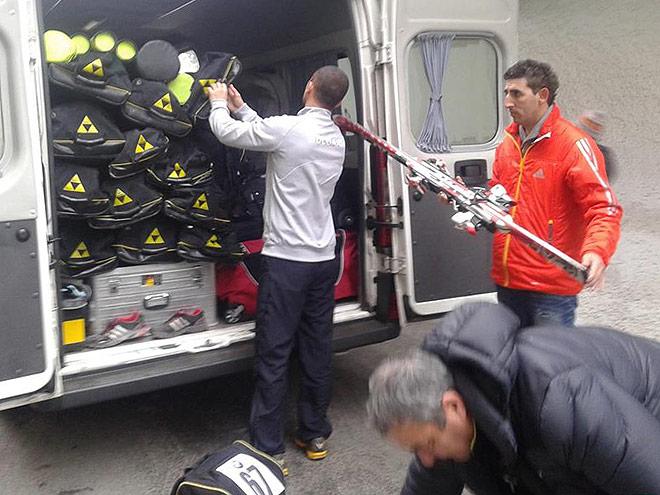 Репортаж из автобуса сборной России по биатлону
