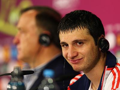 Лучшими игроками матча Россия - Чехия признаны Дзагоев и Пиларж
