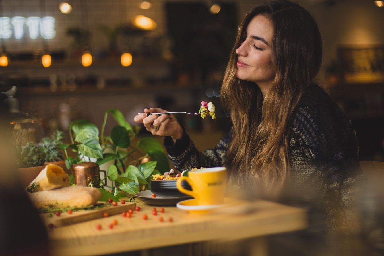Как полезная еда влияет на настроение?