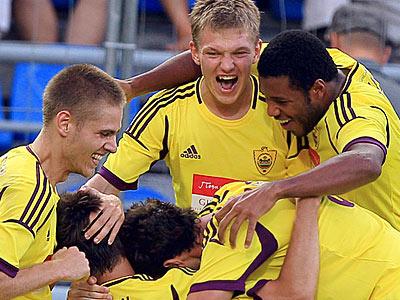 «Анжи» снова обыграл «Витесс» и вышел в раунд плей-офф Лиги Европы