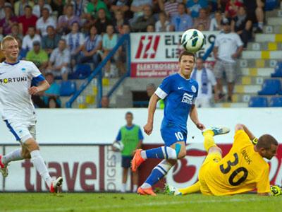 «Днепр» обыграл «Слован» и вышел в групповой турнир ЛЕ