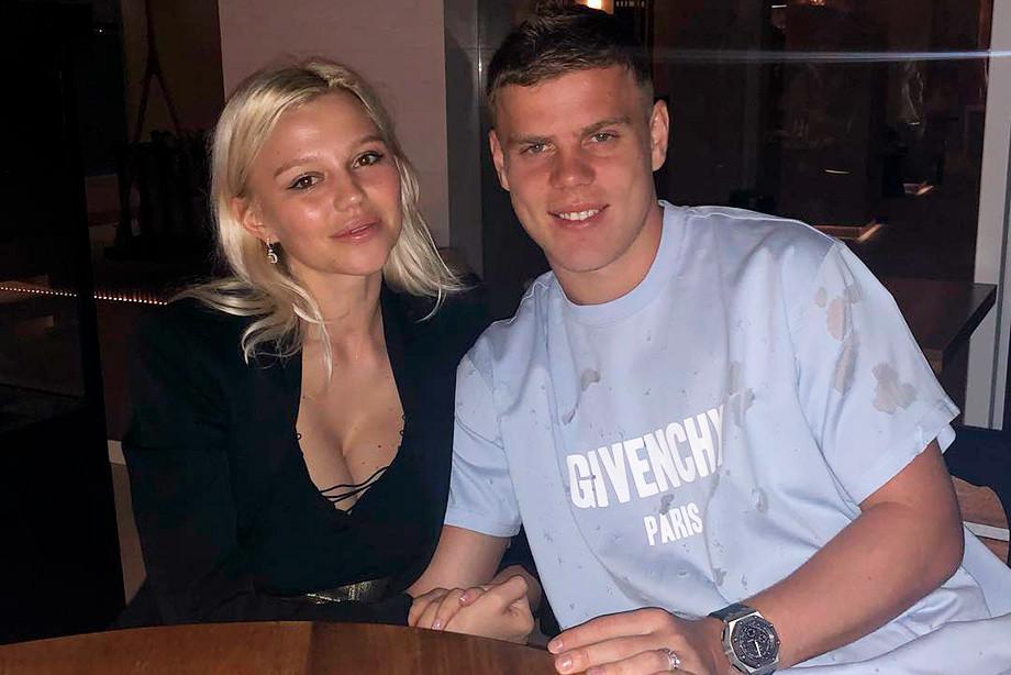 Гражданская супруга  Кокорина пояснила  поведение мужа