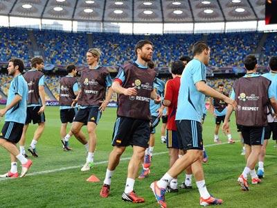 Сборная Испании провела тренировку перед финалом
