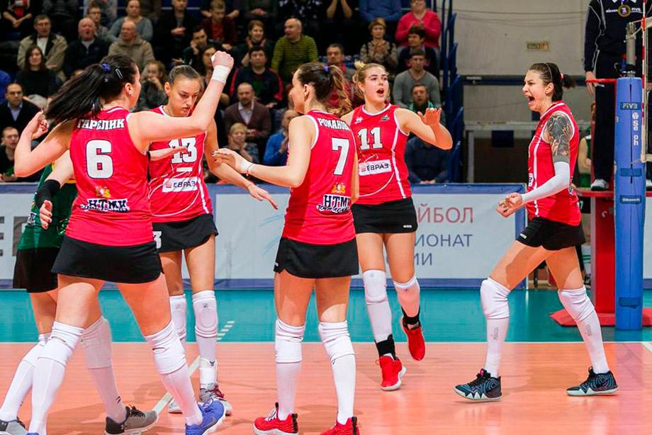 Волейбол, женская Суперлига: «Уралочка» победила «Енисей» – 3:1