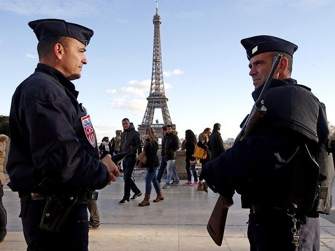 Чеченский охранник фан-зоны Парижа — о безопасности на Евро-2016 во Франции