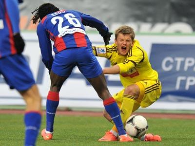 Олег Шатов в матче с ЦСКА