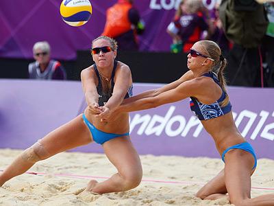Волейбол. Анна Возакова и Анастасия Васина