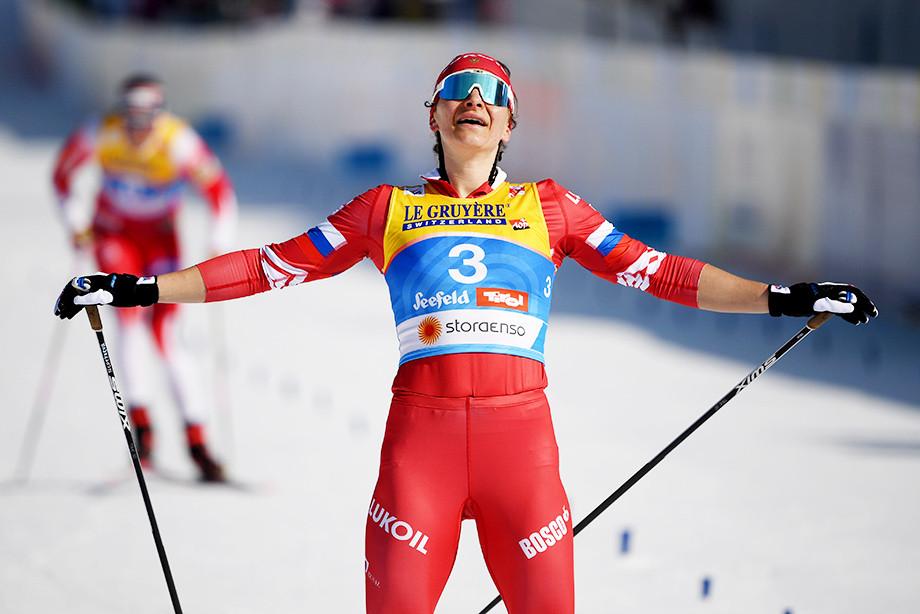 Наталья Непряева завоевала бронзу в скиатлоне