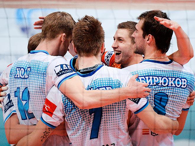 "Волейбол. ""Губерния"" - ""Динамо"" (Москва) - 1:3"