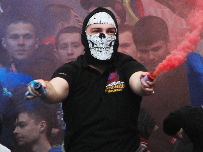 Почему фанаты в России не знают меры