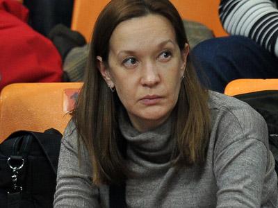 Елена Година