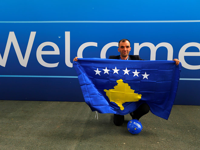 УЕФА принял не признанную на уровне ООН республику Косово в свои члены